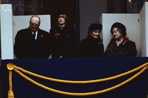 The Cenotaph For Remembrance Day , Le 14 Novembre 1982