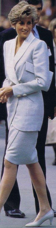 Diana & Charles - Prague * Czechoslovakia  _ 06 / 07 Mai 1991