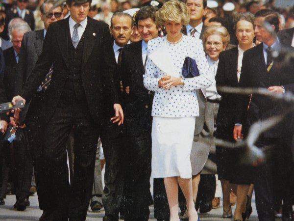 Diana & Charles - The Italian Tour _ Suite - VENISE - 04  MAI 1985