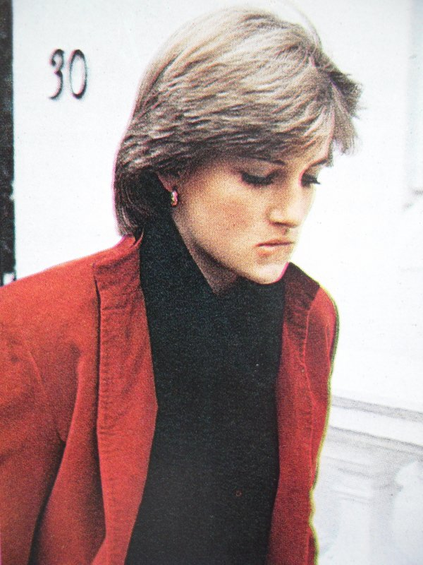 Lady Diana Spencer - Novembre 1980 _ Suite