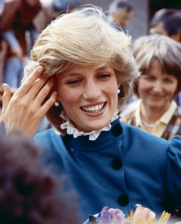 Diana & Charles , St Columb à Cornwall - Le 27 Mai  1983  _ Suite