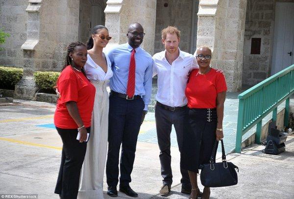 Prince Harry - The Caribbean Day 11 , le 01 er Décembre  2016 _ Suite