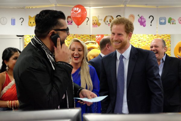 Prince Harry -  ICAP Charity Trading Day  Aid Of Sentebale , le 07 Décembre 2016 _ Suite