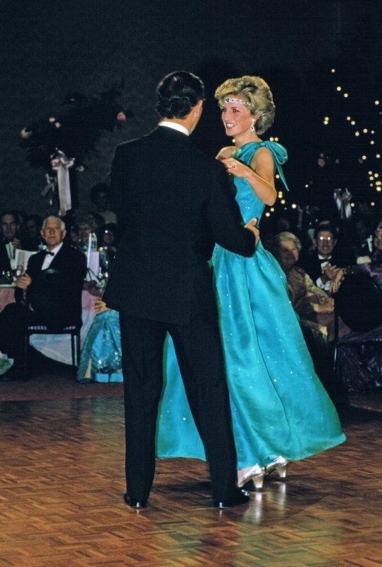 Diana & Charles - Australia Tour , le 30 Octobre 1985 _ Suite