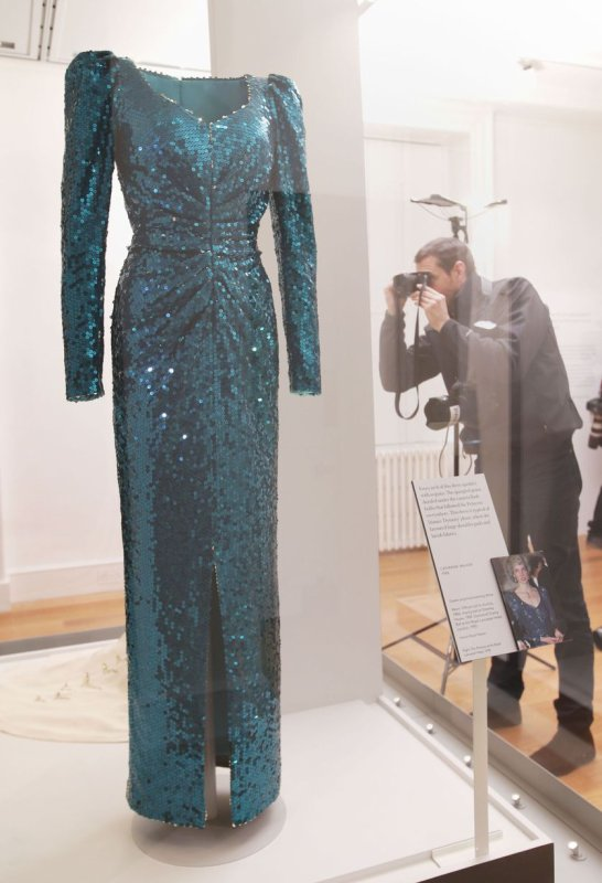 Press Preview Of Diana: Her Fashion Story _ Suite
