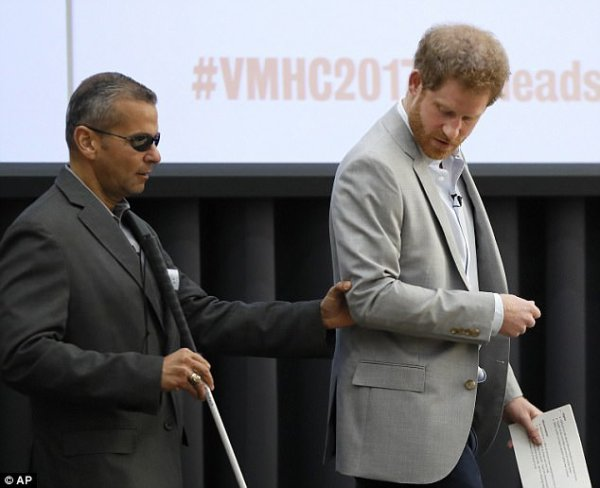 Prince Harry -  the Veterans' Mental Health Conference , le 16 Mars 2017 _ Suite