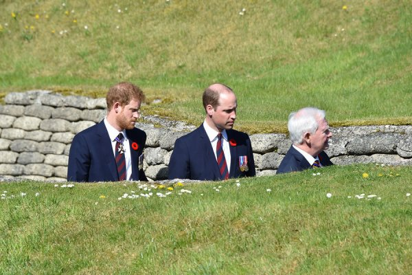 Prince William et Prince Harry - Canadian National Vimy Memorial , le 09 Avril 2017 _ Suite