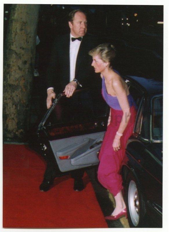 Princess Diana - Premiere of 'Burning Secret'  , le 13 Avril  1989