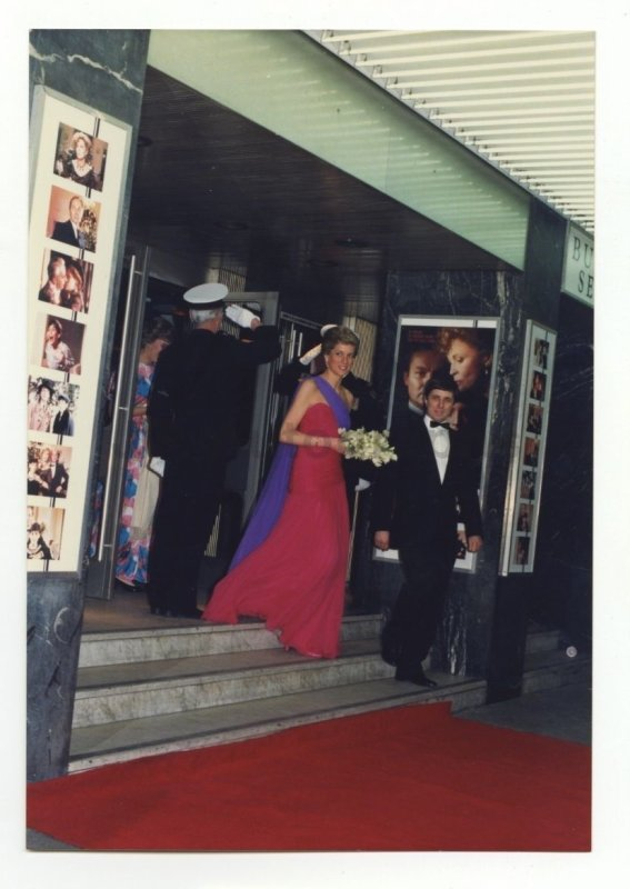 Princess Diana - Premiere of 'Burning Secret'  , le 13 Avril  1989