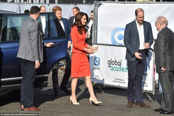 William & Catherine et Harry - Official Opening Of The Global Academy , le 20 Avril 2017
