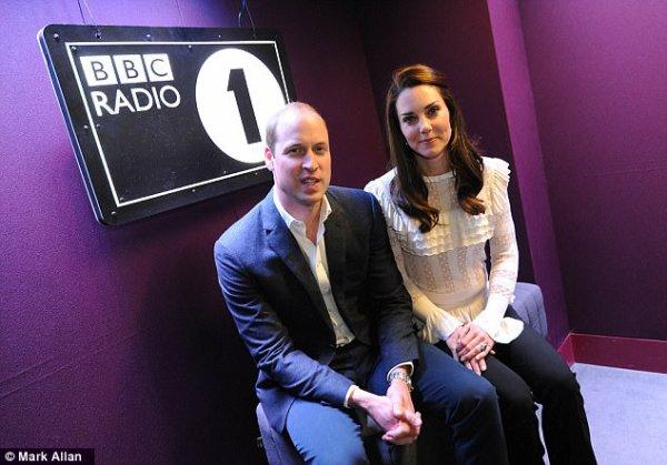 William & Catherine - BBC Radio 1 Appearance , le 21 Avril 2017 _ Suite