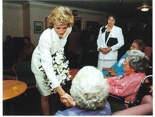 Diana, Princess of Wales Butlin House Bletchley  Buckinghamshire , le 25 Mai 1989