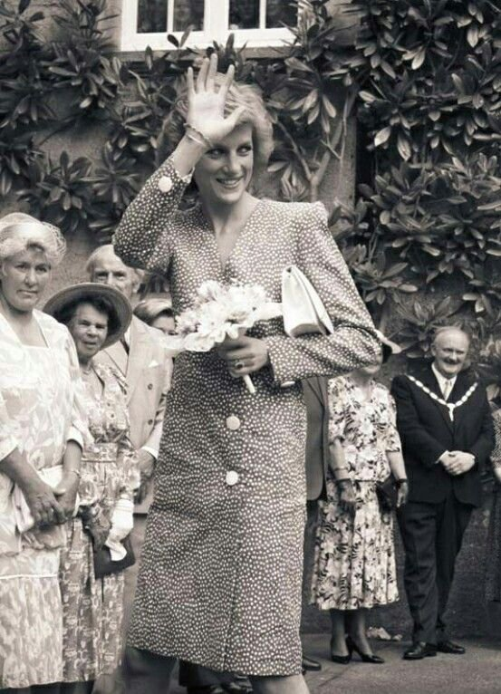 Princess Diana - Opened the Barley Wood ,le 23 Mai 1989