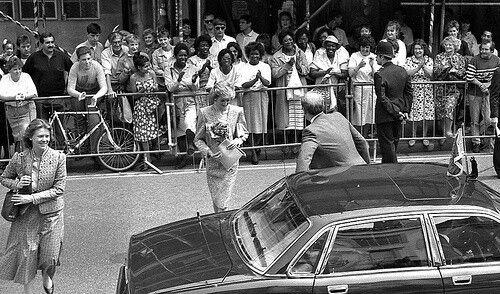 Princess Diana - Opened the Barley Wood ,le 23 Mai 1989 _ Suite