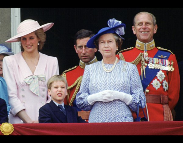 Trooping of Colour ,le 17  juin 1989 _ Suite