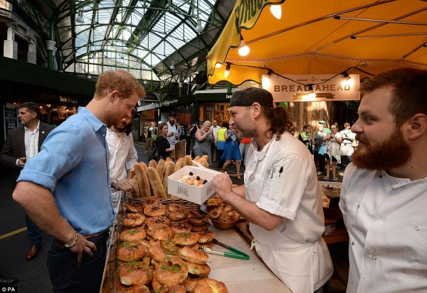 Prince Harry - @boroughmarket , le 15 juin 2017