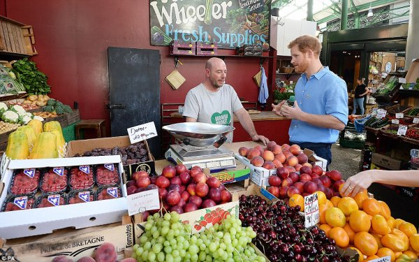 Prince Harry - @boroughmarket , le 15 juin 2017 _ Suite