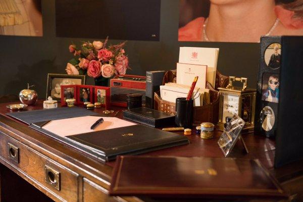 Exposition Buckingham Hommage Princess Diana _ Suite