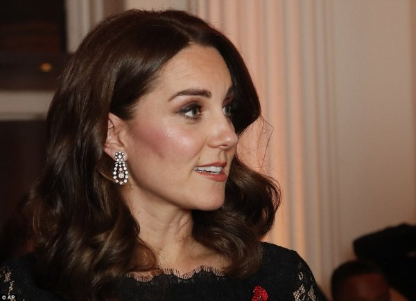 Duchess Catherine -2017 Gala Dinner for The Anna Freud,le 07 November 2017 _ Suite