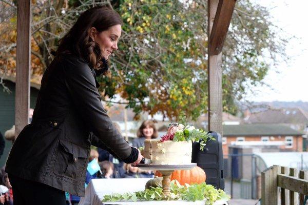 Duchess Catherine - Robin Hood Primary School , le 29 Novembre 2017 _ Suite