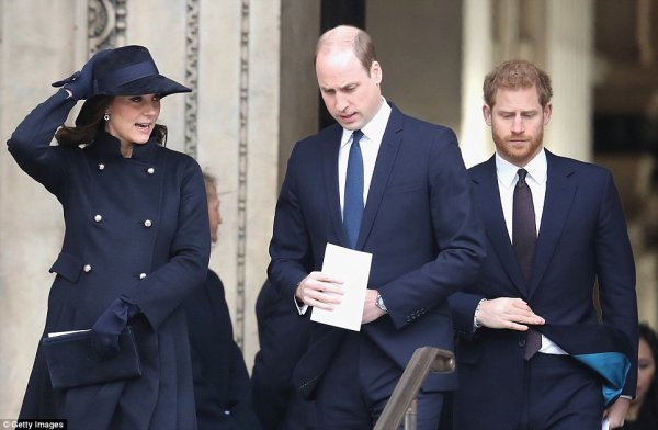 William & Catherine et Harry - Grenfell Tower National Memorial Service , le 14 Décembre 2017 _ Suite