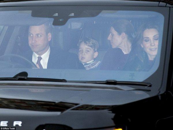 the Queen's Annual Pre-Christmas Lunch , le 20 Décembre 2017 _ Suite
