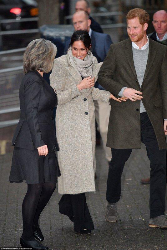 Prince Harry & Miss Meghan Markle - Reprezent Radio Brixton , le 09 Janvier 2018