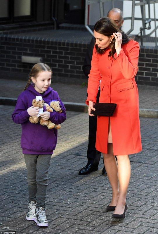 Duchess Catherine - Great Ormond Street Hospital , le 17 Janvier 2018 _ Suite