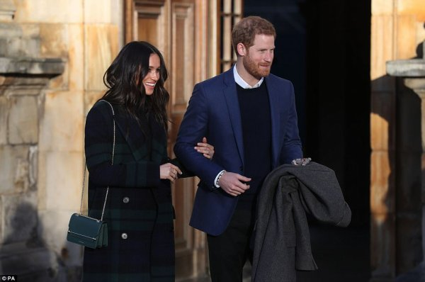 Prince Harry & Miss Meghan Markle - Edinburgh  , le 13 Février 2018 _ Suite