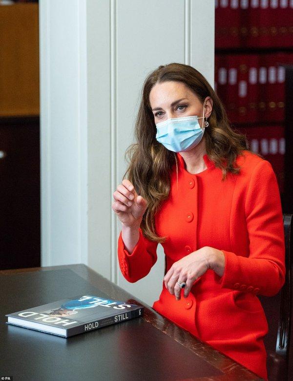 Duchess Catherine , le 07 Mai 2021 _ Suite
