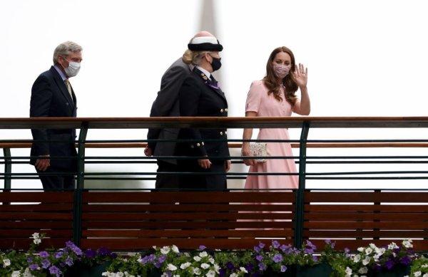 Duchess Catherine - Wimbledon , le 11 Juillet 2021 _ Suite