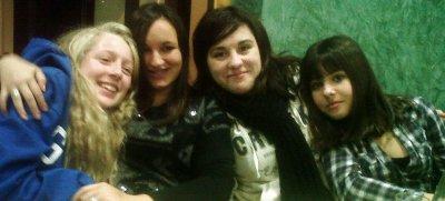 - Les filles. ♥