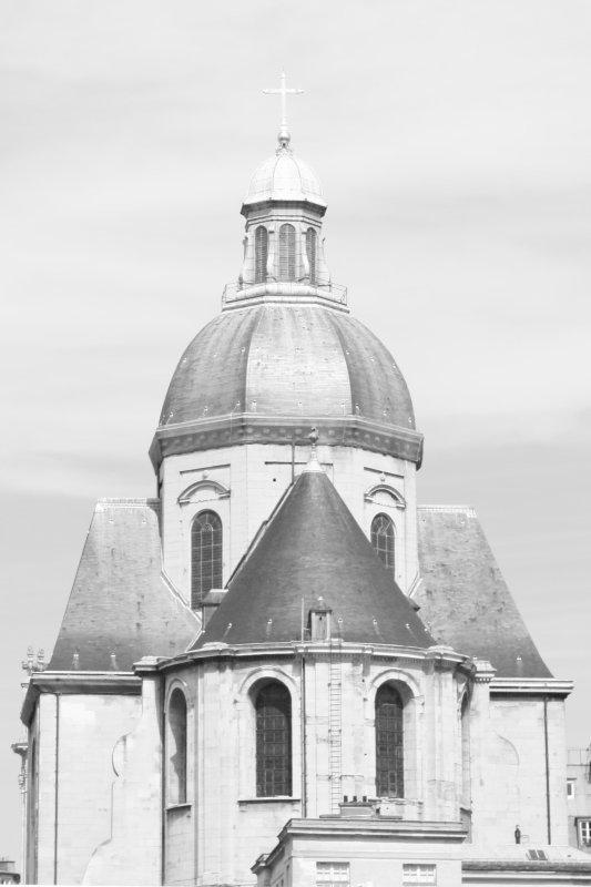 Eglise St Paul - St Louis, Rue St Antoine, Hôtel Sully