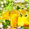 Boire de l'eau tiède citronnée le matin : 10 AVANTAGES !