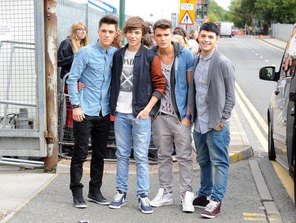 "George & Les Boys Allant Au Studio "" X Factor"" (5/10/2012 )"