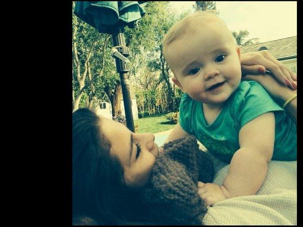 Selena Gomez, adorable sur de nouvelles photos avec sa petite soeur Gracie