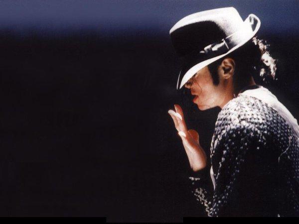 il y à des célébrités, il y à des vedettes, des stars, des superstars.Et il y a Michael Jackson.