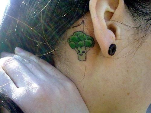 ~ Anciens tattoos figurant un peu partout dans le blog/tumblr/facebook que vous m'avez demandé de retrouver. (Célia, Marine, Ju)