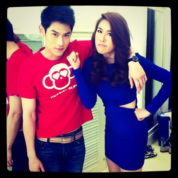 Kan & Cheer dans l'émission Wan Wan Yang Wan Yoo