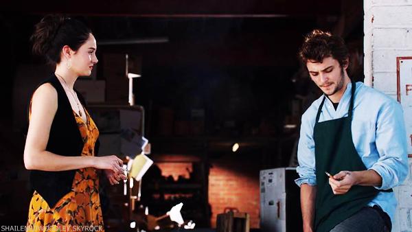 """.  NOUVELLES IMAGES DU FILM """"WHITE BIRD IN A BLIZZARD"""" + FESTIVAL DE SUNDANCE 2014"""
