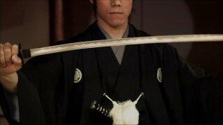 l'étiquette le samourai est le premier a souffrir de l'anxiete humaine et le dernier a rechercher son plaisir personnel:o sensei morihei ueshiba: