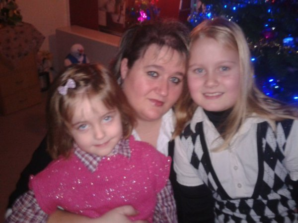 moi avec mes filles