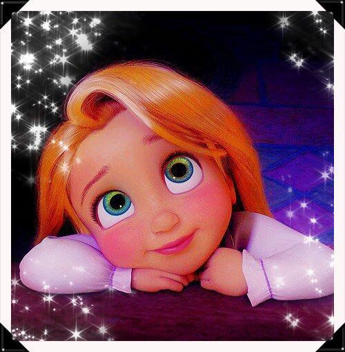 « Fleur aux pétales d'or, répands ta magie, inverse le temps, rends moi ce qu'il m'a pris. » Raiponce, Disney.