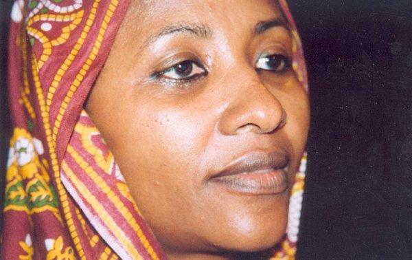 Zainaba ahmed - Miandi ( - comores - )