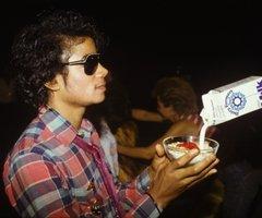 MICHEAL  et du lait !!!