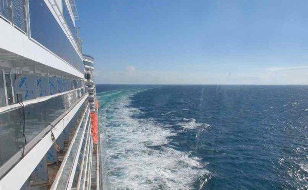 New QUEEN ELIZABETH is at sea -  Le nouveau QUEEN ELIZABETH est en mer