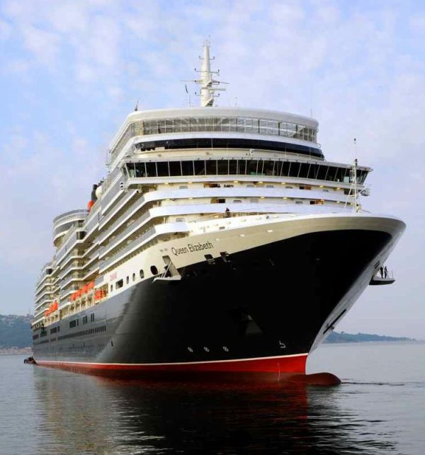 NEW CUNARD QUEEN ELIZABETH ( 2 )