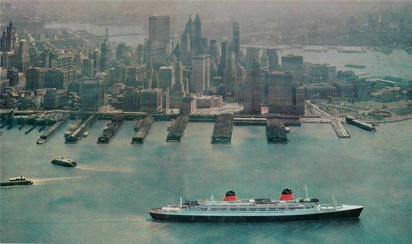 SS FRANCE outward bound New York city