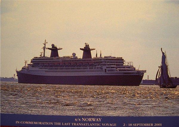 SS NORWAY carte postale pour la dernière traversée de l'Atlantique septembre 2001