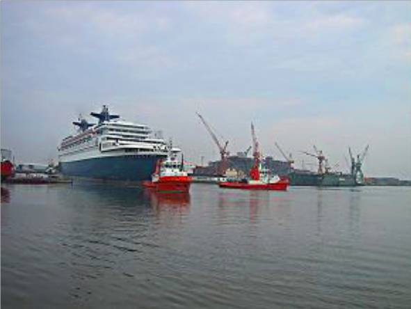 SS Norway arrives in Bremerhaven july 24th, 2003 - Arrivée du SS Norway à Bremerhaven 24 juillet 2003 ( 3 )